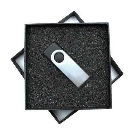 Caja de regalo para memorias USB con espuma interior troquelada