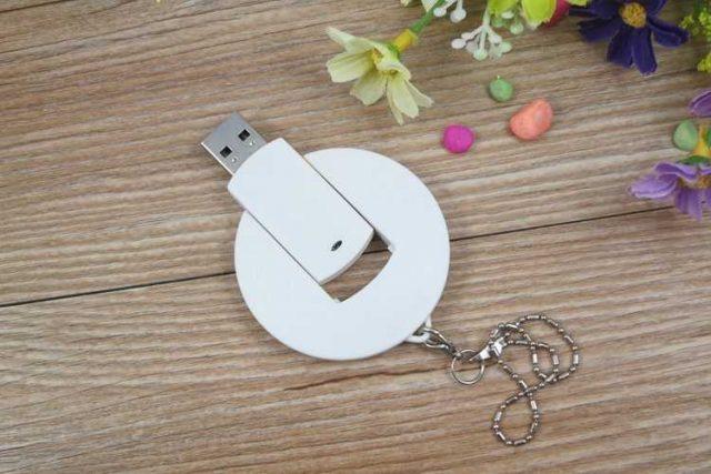 Memoria USB redonda con cabezal giratorio