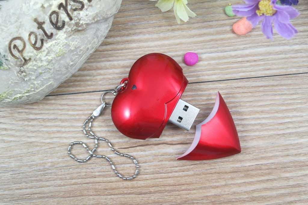 Memoria USB en forma de corazón