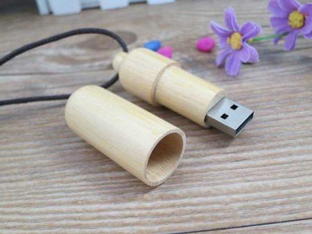 Memoria USB en madera de bambú