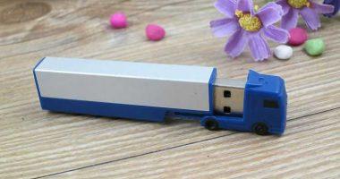 Pendrive USB camión personalizado