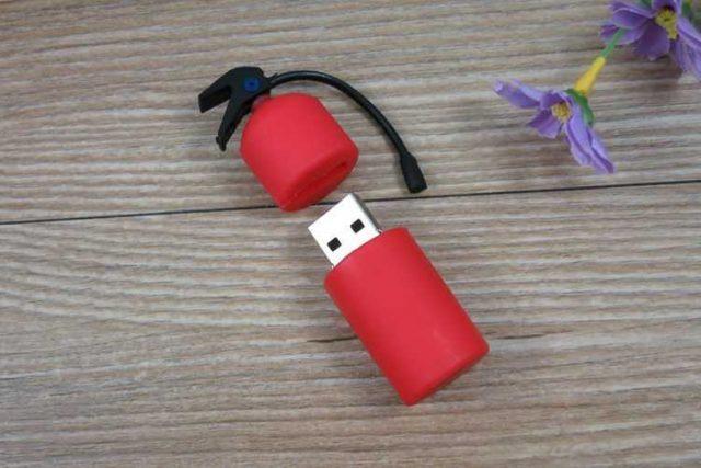 Memoria USB en forma de extintor