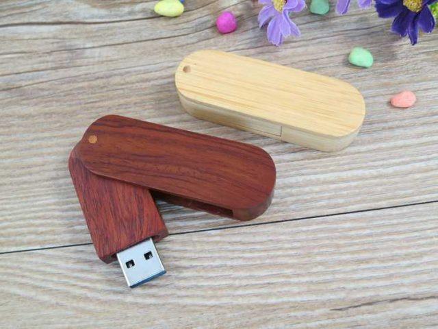 Memoria USB en madera, tapa giratoria