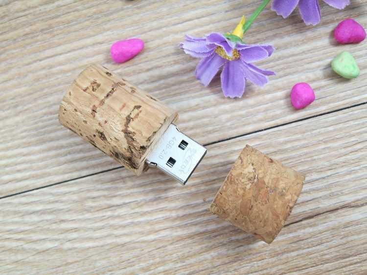 Memoria USB formato corcho de botella