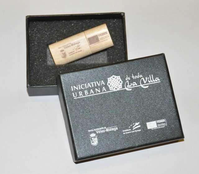 Memoria USB eco madera en estuche P07