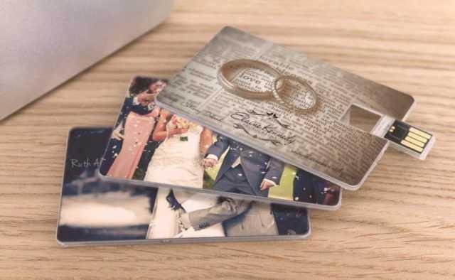 Memorias USB para regalo de boda