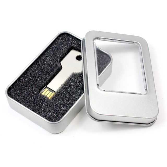 Caja metal memorias USB P11