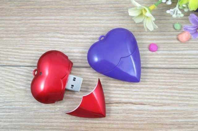 Memoria USB pendrive corazon