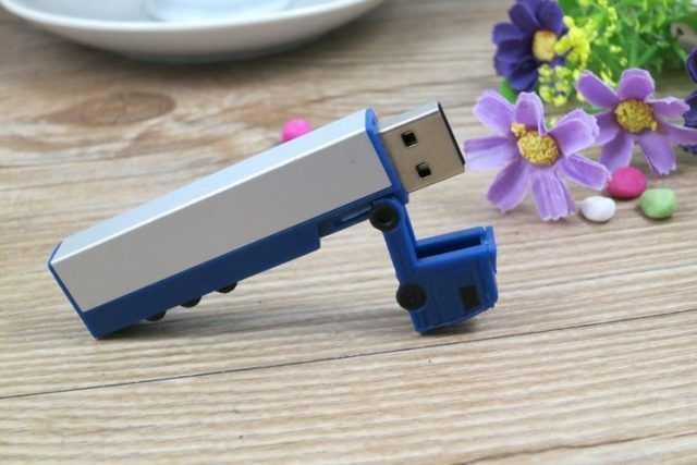 Memoria USB camion trailer
