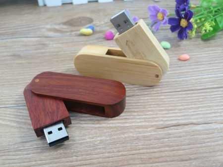 Pendrive memoria USB madera tapa giratoria