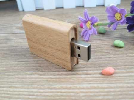 USB libro pendrive madera