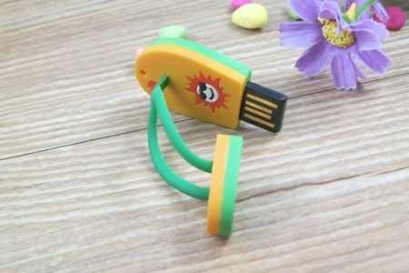 Pendrive mini memoria USB chancla