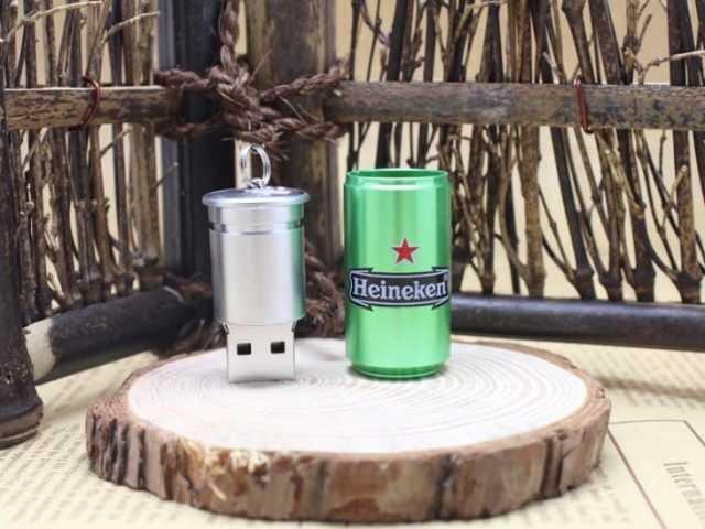 Memoria USB pendrive lata refresco