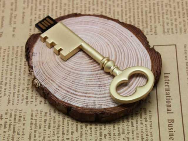 Llave USB clasica memoria pendrive