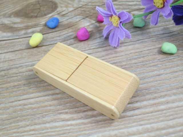 Memoria USB madera retractil