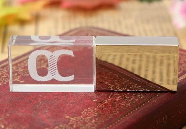 USB pendrives para fotografos cristal laser