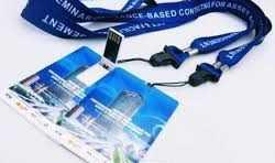 Tarjeta USB personalizada como acreditacion