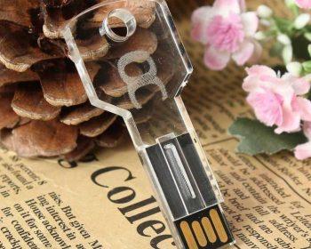 Pendrive llave USB transparente