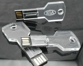 Llaves USB transparentes